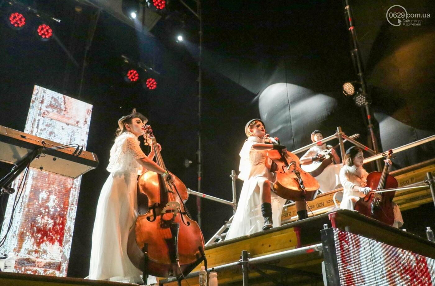 Концерт Dakh Daughters в Городском саду: фееричное открытие ГогольFesta в Мариуполе (ФОТОРЕПОРТАЖ, ВИДЕО), фото-3