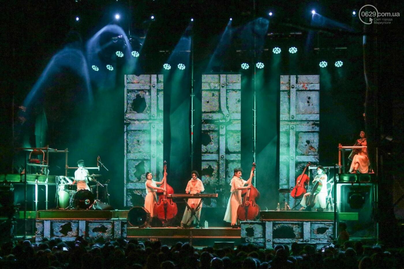 Концерт Dakh Daughters в Городском саду: фееричное открытие ГогольFesta в Мариуполе (ФОТОРЕПОРТАЖ, ВИДЕО), фото-4