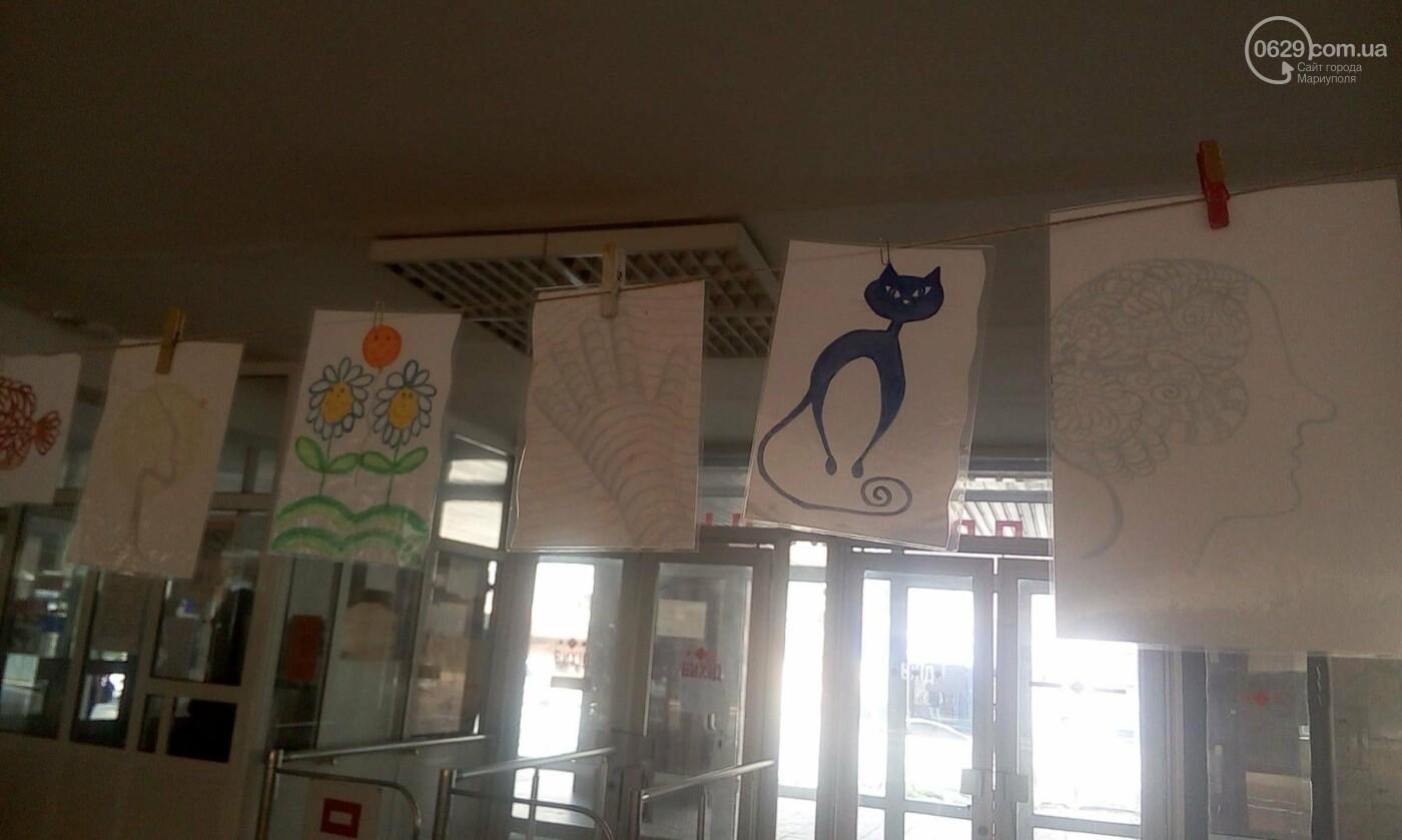 Мариупольский школьник нарисовал картины, чтобы помочь ребенку с аутизмом (ФОТО), фото-19
