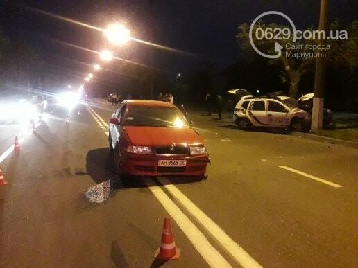 """В Мариуполе патрульный автомобиль врезался в """"Шкоду"""". Пострадали трое полицейских (ФОТО), фото-2"""