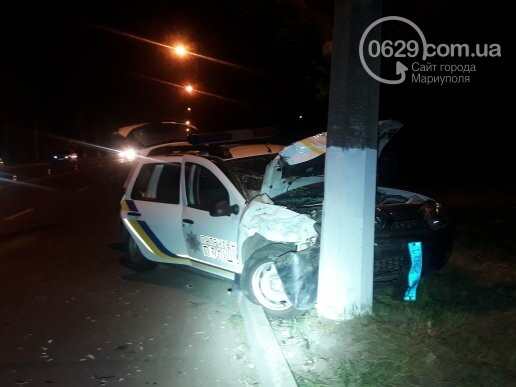 """В Мариуполе патрульный автомобиль врезался в """"Шкоду"""". Пострадали трое полицейских (ФОТО), фото-4"""
