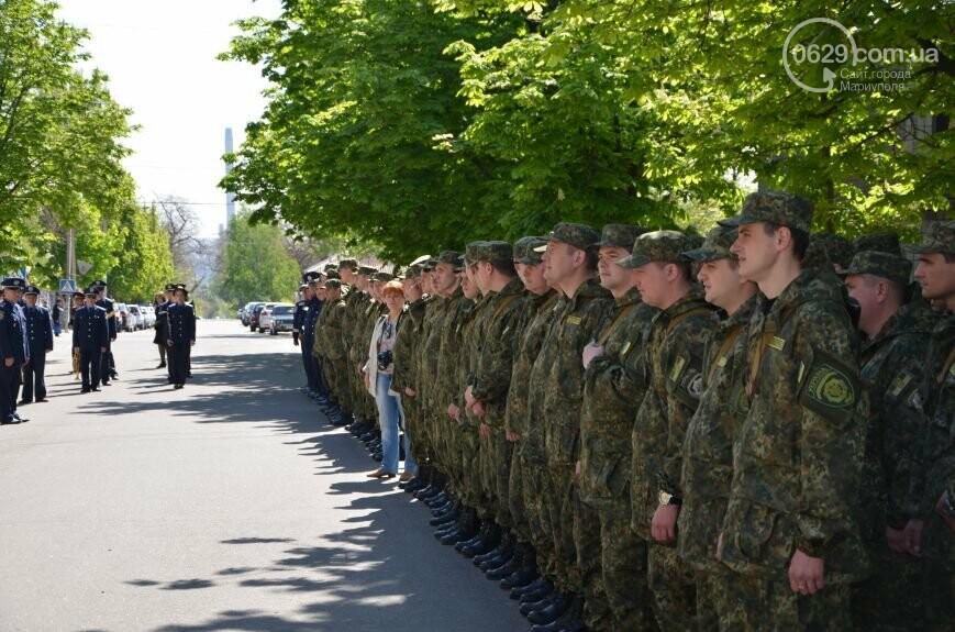 """В Мариуполе открывали памятник Лунину, устанавливали мемориальную доску памяти погибших милиционеров и освобождали горсовет от """"ополченцев..., фото-18"""
