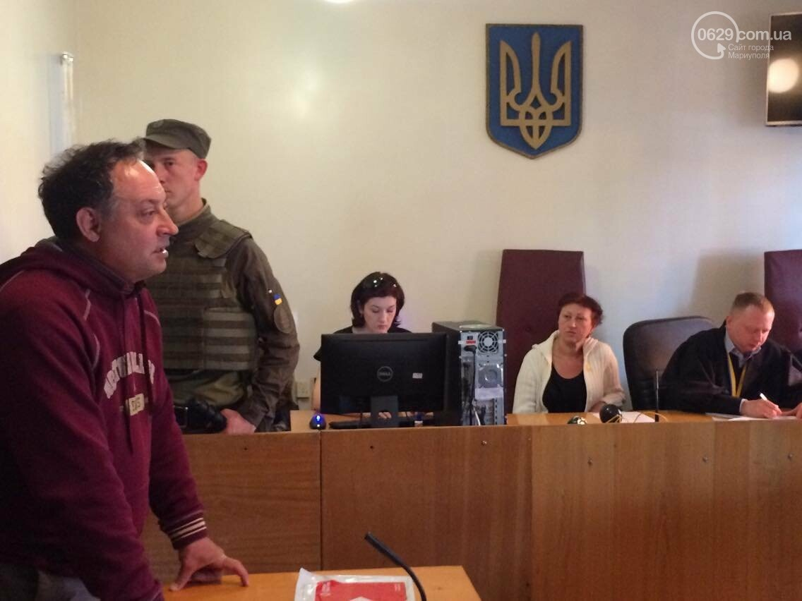 Обвиняемым в захвате Мариупольского ГУВД  9 мая 2014 года продлили содержание под стражей, - ФОТО, ВИДЕО, фото-2