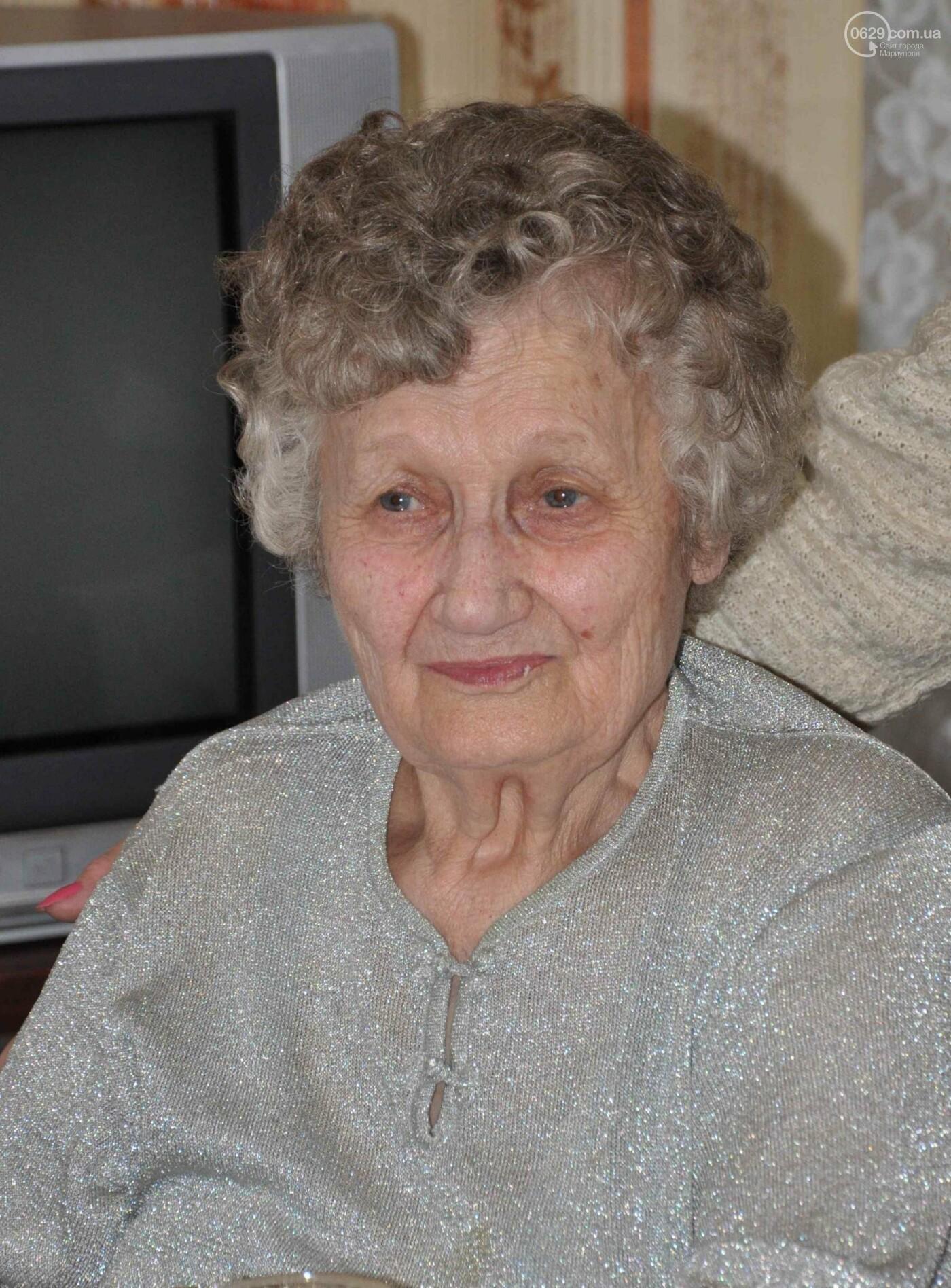 Героя труда Мариупольского молокозавода поздравили с 87-летием, фото-13
