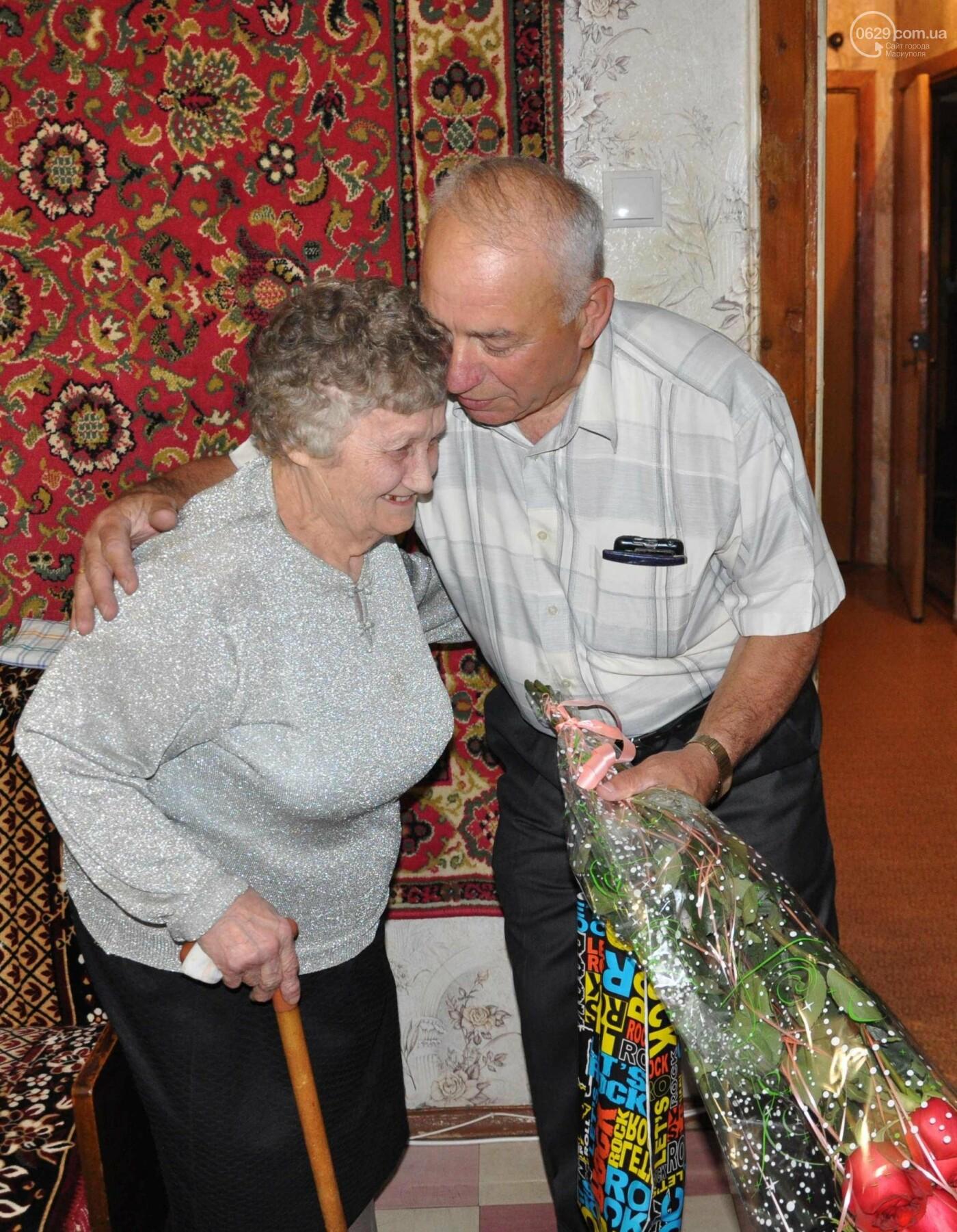 Героя труда Мариупольского молокозавода поздравили с 87-летием, фото-6