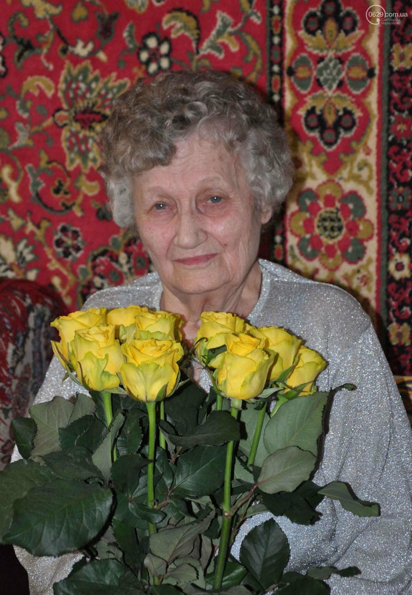 Героя труда Мариупольского молокозавода поздравили с 87-летием, фото-7
