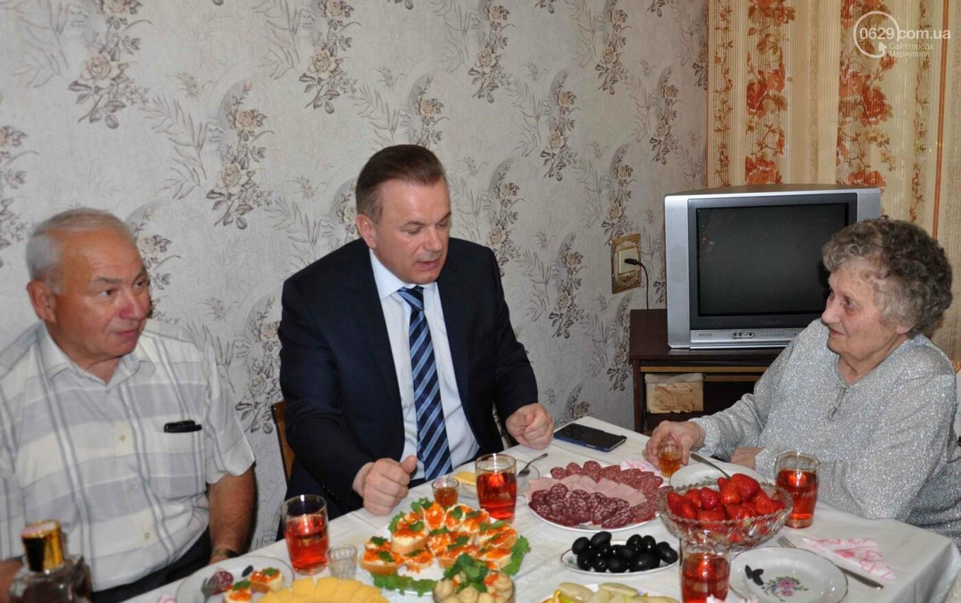 Героя труда Мариупольского молокозавода поздравили с 87-летием, фото-9