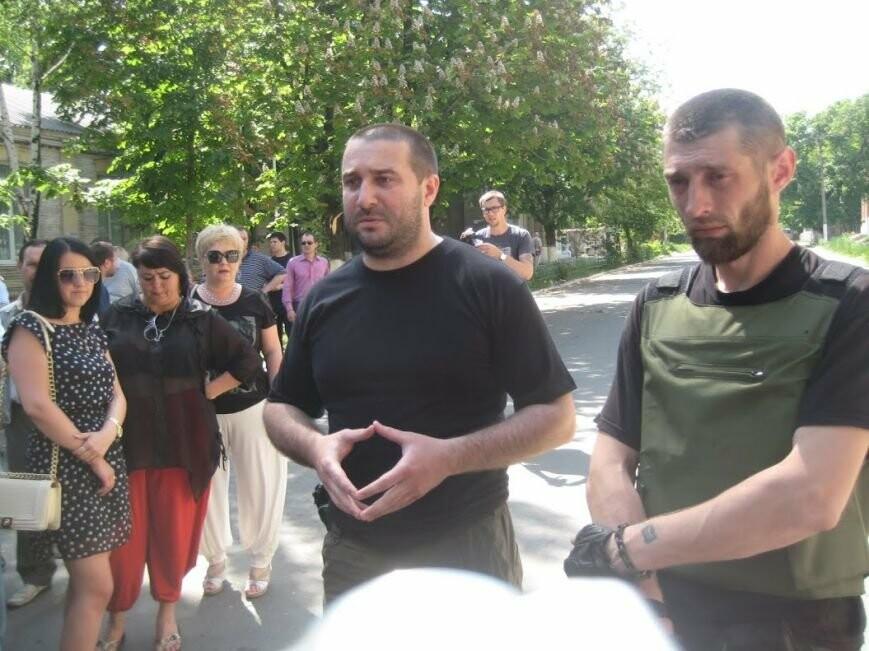 Парад вышиванок, террорист Чечен в Мариуполе и переименование улицы Георгиевской.  О чем писал 0629.com.ua 18 мая, фото-17