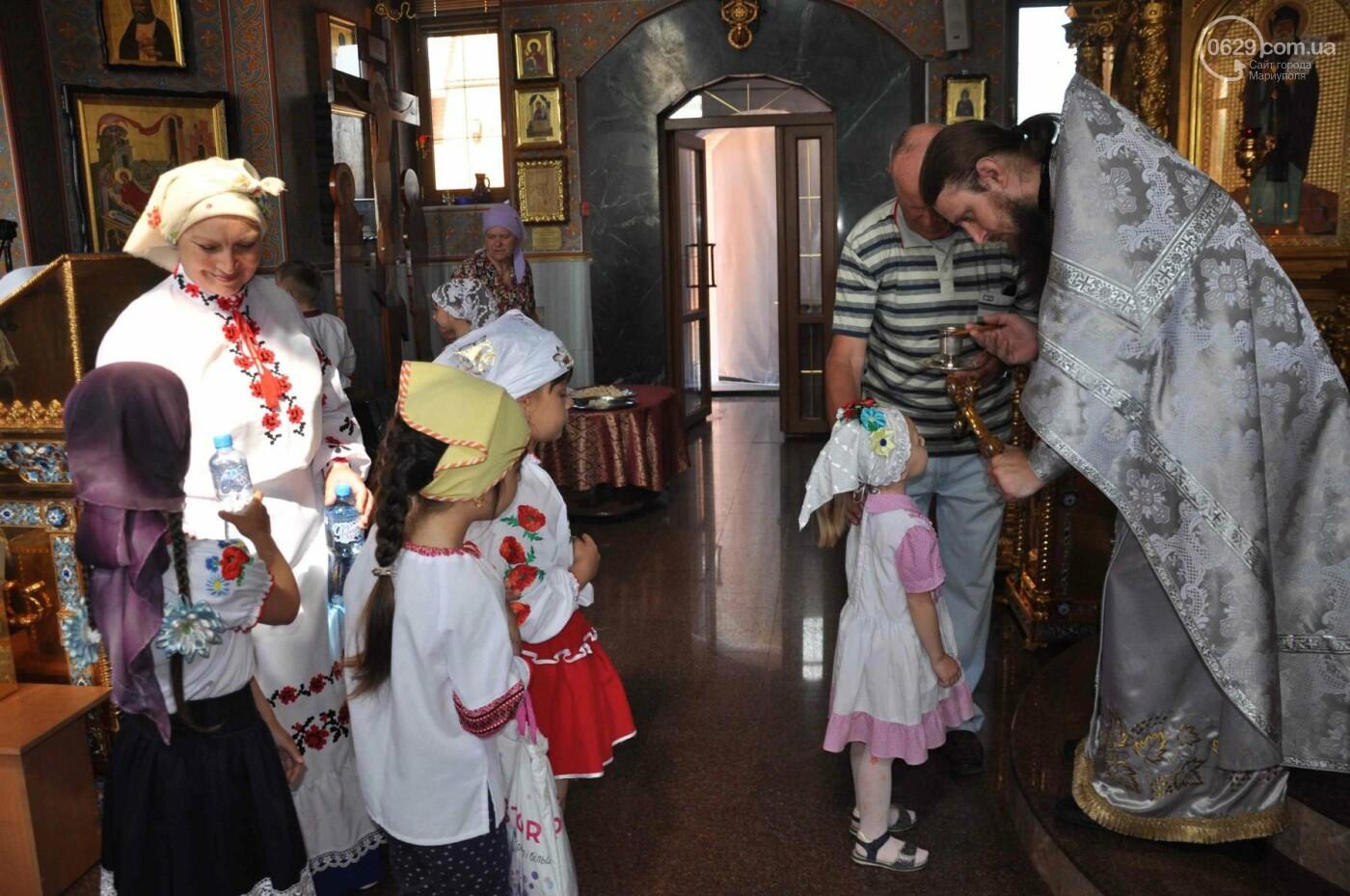 Праздник Вознесения и День вышиванки объединили прихожан в Свято-Покровском храме с.Боевое, фото-18