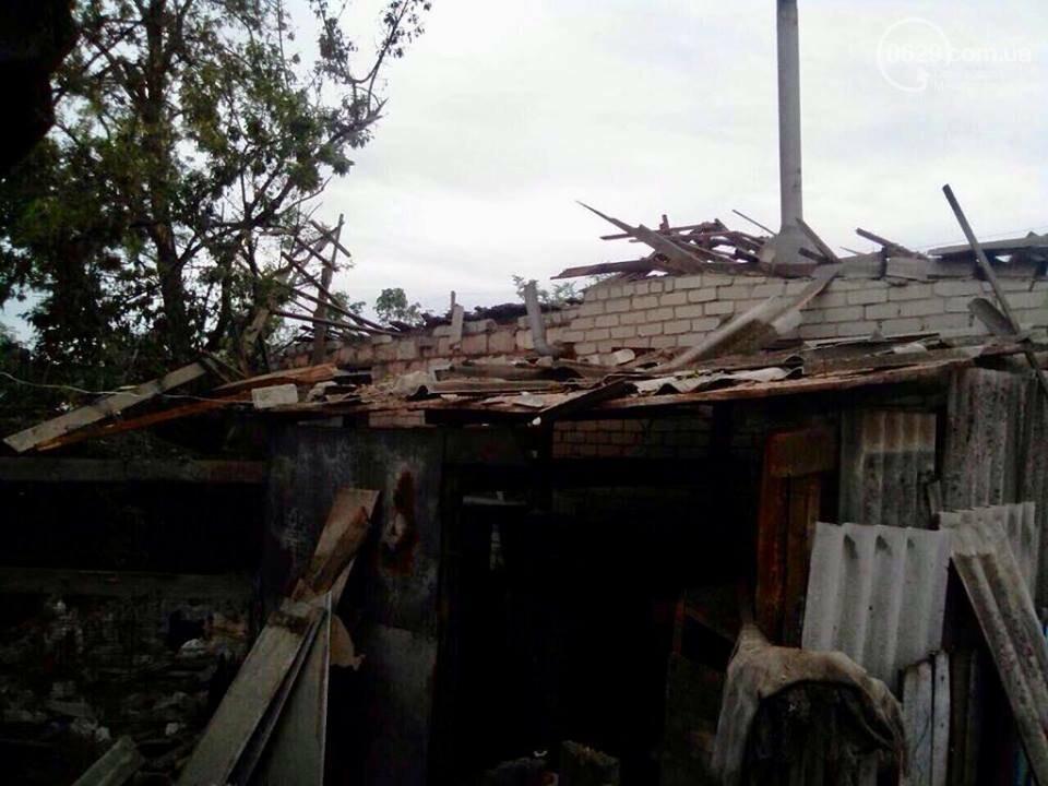 Во время обстрела поселка на Донбассе погибли 13-летний мальчик и его отец, - ФОТО, фото-5