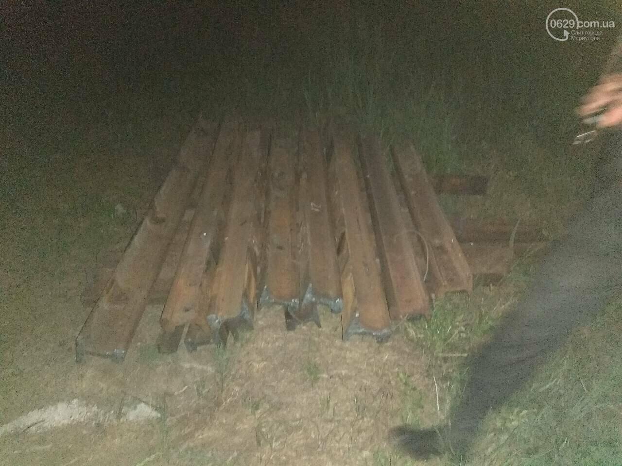 В Мариуполе сотрудники охранного предприятия задержали воров при попытке разобрать железнодорожное полотно, - ФОТО, фото-7