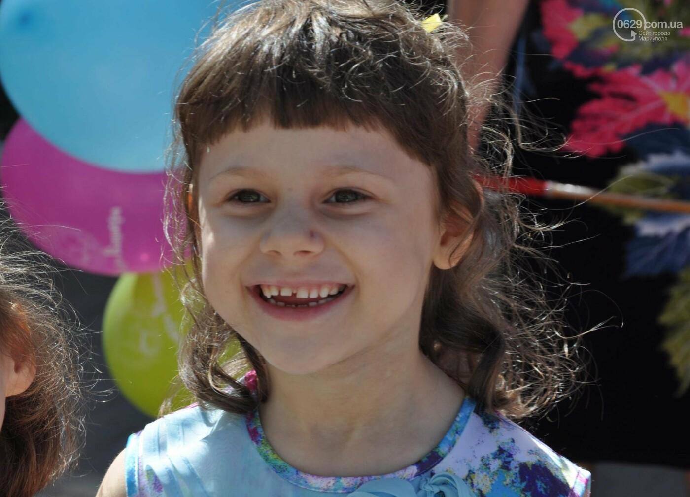 В аптеке «Азовфарм» провели праздник для детей и разыграли призы, фото-16