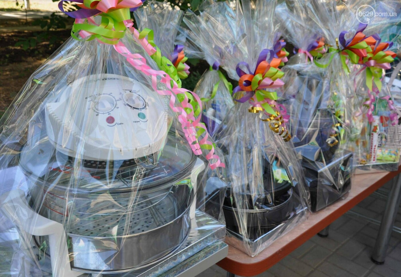 В аптеке «Азовфарм» провели праздник для детей и разыграли призы, фото-25