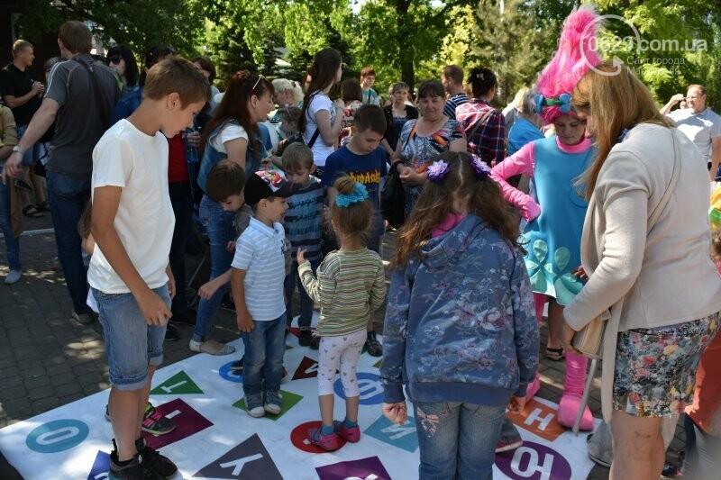 ТС «Зеркальный» устроила веселый праздник со вкусом детства!, фото-4