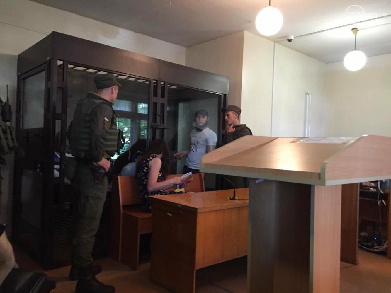 Адвокат членов банды Мангуста требует экспертизы сгоревшего здания, - ФОТО, фото-3