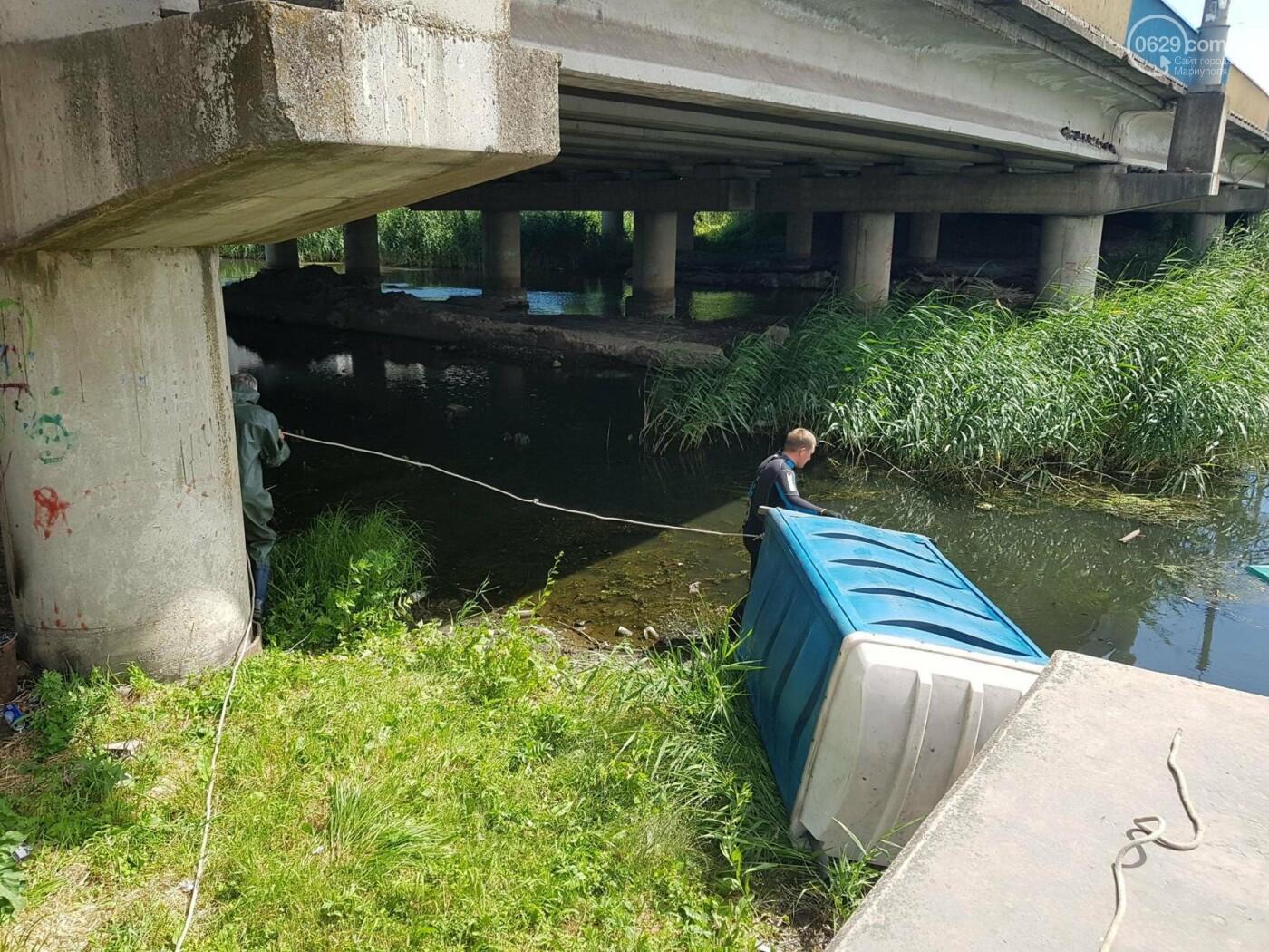 """В Мариуполе по реке плавает """"туалет-амфибия"""", -ФОТО, ВИДЕО, фото-1"""