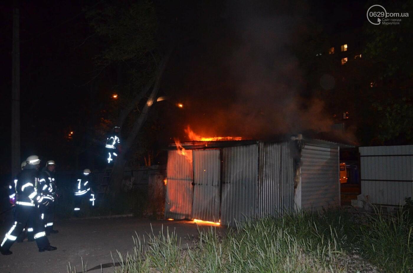 В Мариуполе на заброшенном хлебозаводе горел хлебный киоск, - ФОТО, ВИДЕО, фото-6