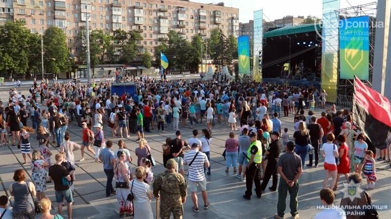 Мариуполь отпраздновал годовщину освобождения без нарушений общественного порядка, - ФОТО, фото-9