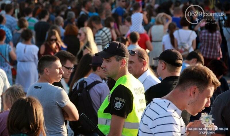 Мариуполь отпраздновал годовщину освобождения без нарушений общественного порядка, - ФОТО, фото-2