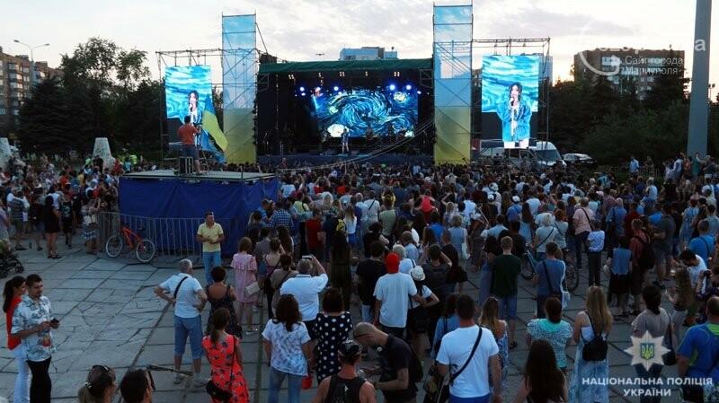 Мариуполь отпраздновал годовщину освобождения без нарушений общественного порядка, - ФОТО, фото-6