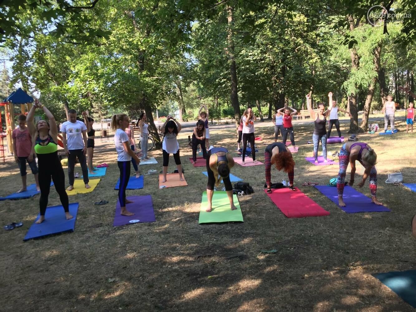 В Мариуполе отпраздновали Международный День йоги, - ФОТО, ВИДЕО, фото-10
