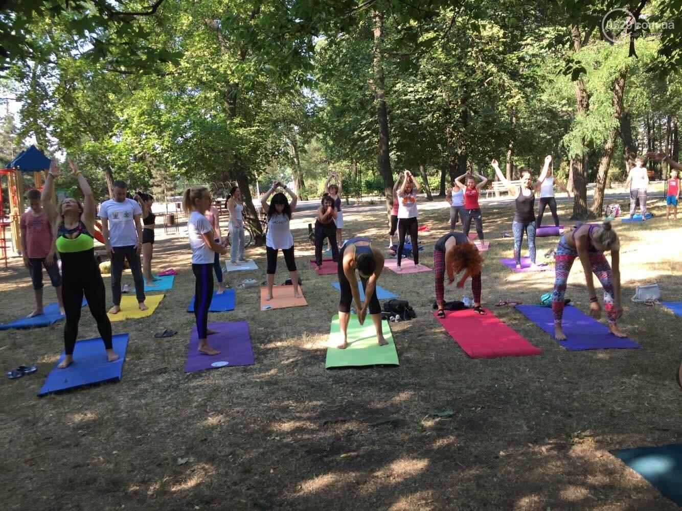 В Мариуполе отпраздновали Международный День йоги, - ФОТО, ВИДЕО, фото-12