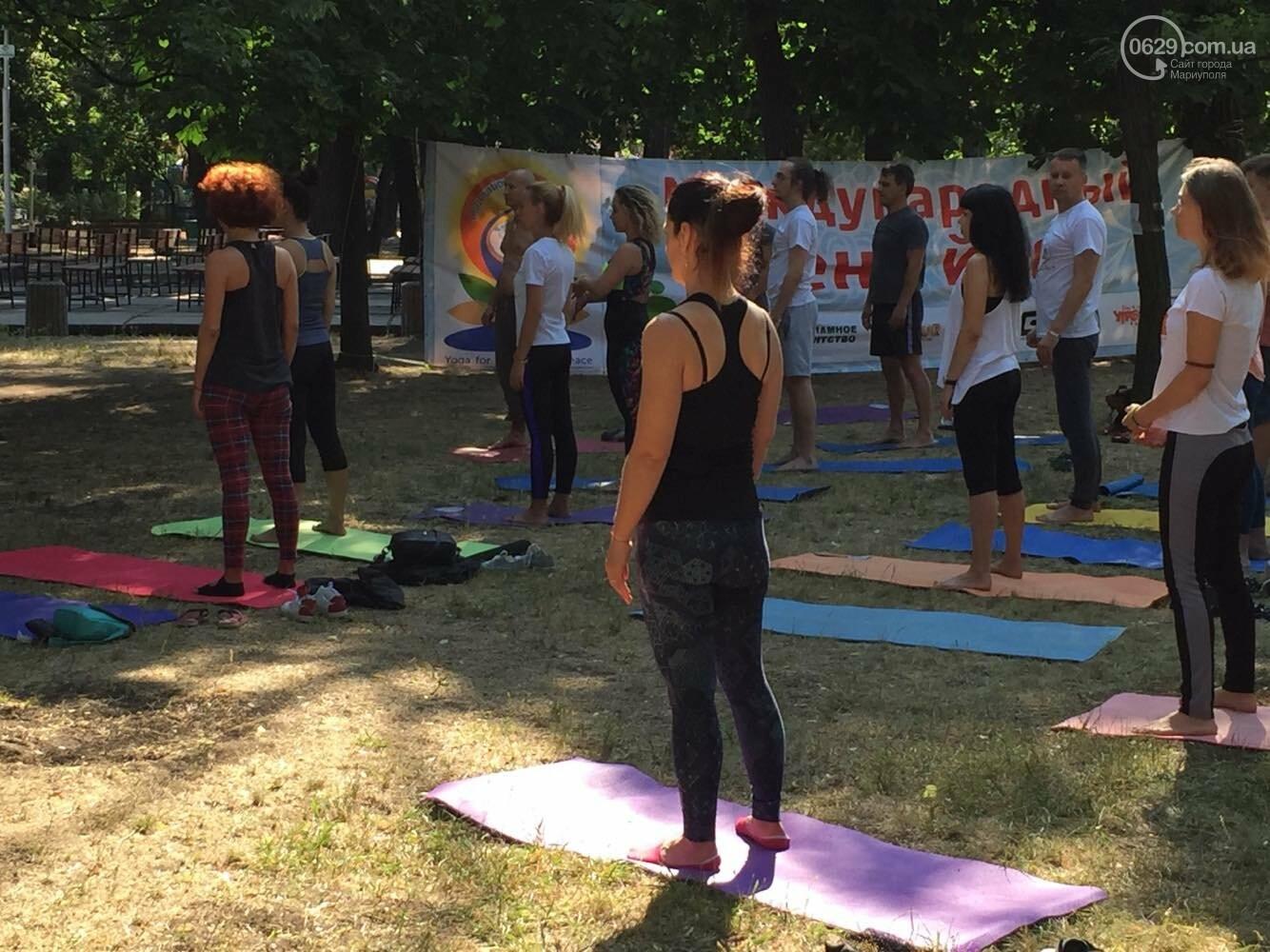 В Мариуполе отпраздновали Международный День йоги, - ФОТО, ВИДЕО, фото-1