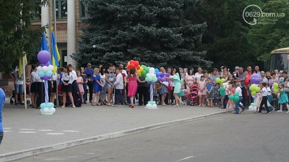 В Никольском районе отметили выпускной в вышиванках, с парадом и фейерверком, - ФОТОРЕПОРТАЖ, фото-14