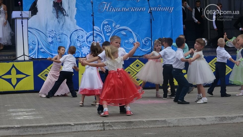 В Никольском районе отметили выпускной в вышиванках, с парадом и фейерверком, - ФОТОРЕПОРТАЖ, фото-29