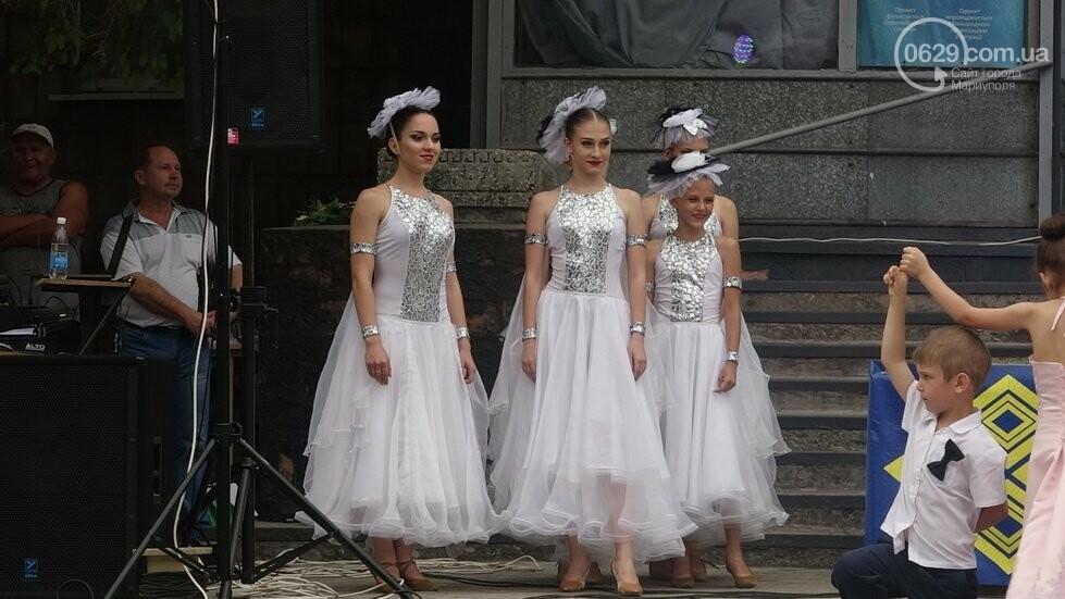 В Никольском районе отметили выпускной в вышиванках, с парадом и фейерверком, - ФОТОРЕПОРТАЖ, фото-11