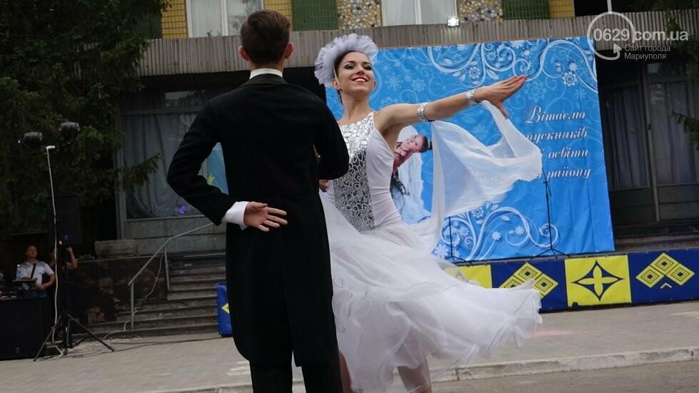 В Никольском районе отметили выпускной в вышиванках, с парадом и фейерверком, - ФОТОРЕПОРТАЖ, фото-6