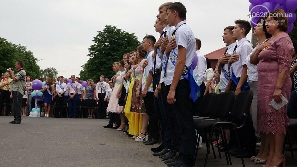 В Никольском районе отметили выпускной в вышиванках, с парадом и фейерверком, - ФОТОРЕПОРТАЖ, фото-17