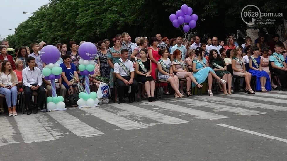 В Никольском районе отметили выпускной в вышиванках, с парадом и фейерверком, - ФОТОРЕПОРТАЖ, фото-33