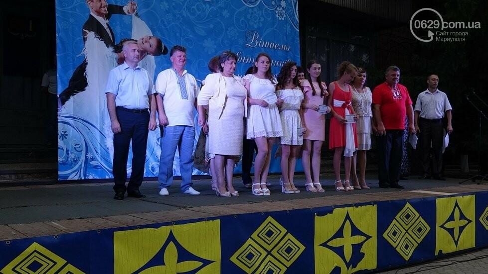 В Никольском районе отметили выпускной в вышиванках, с парадом и фейерверком, - ФОТОРЕПОРТАЖ, фото-23