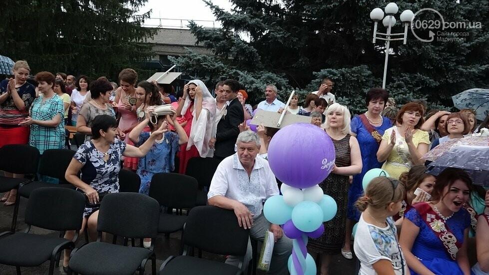 В Никольском районе отметили выпускной в вышиванках, с парадом и фейерверком, - ФОТОРЕПОРТАЖ, фото-39