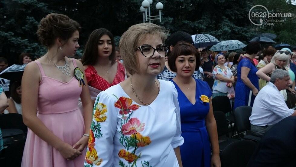 В Никольском районе отметили выпускной в вышиванках, с парадом и фейерверком, - ФОТОРЕПОРТАЖ, фото-27