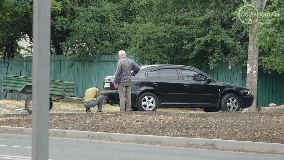 В Мариуполе не разминулись два автомобиля, - ФОТО, фото-6