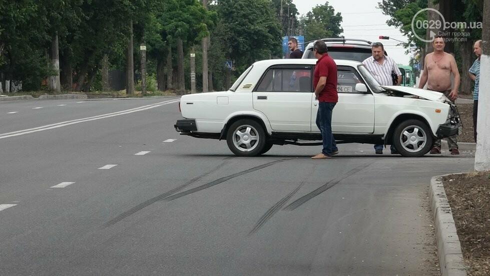 В Мариуполе не разминулись два автомобиля, - ФОТО, фото-7
