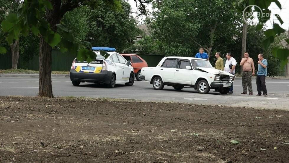 В Мариуполе не разминулись два автомобиля, - ФОТО, фото-10