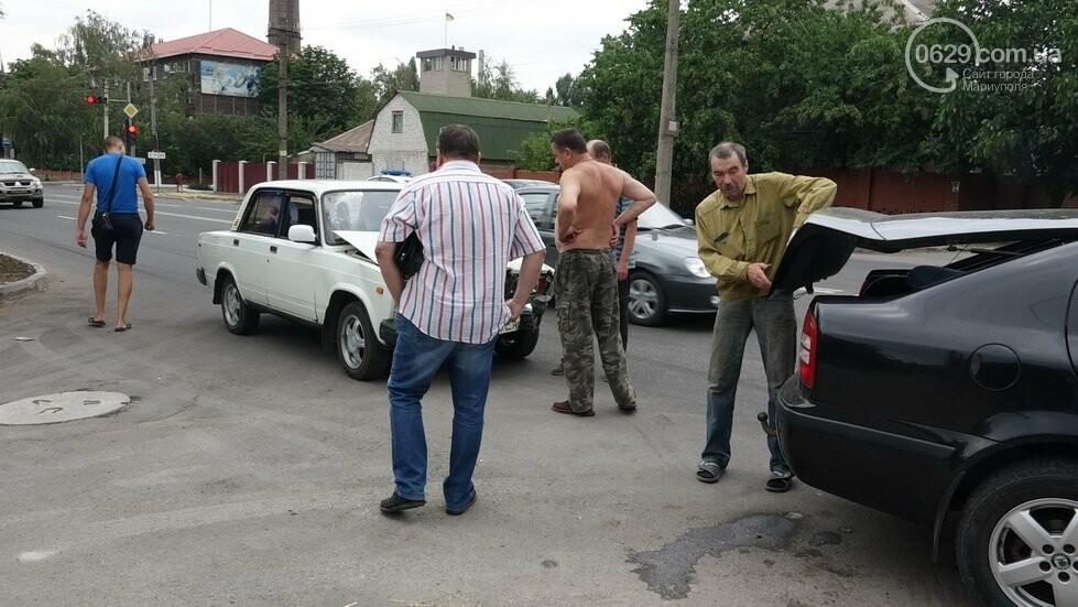 В Мариуполе не разминулись два автомобиля, - ФОТО, фото-4