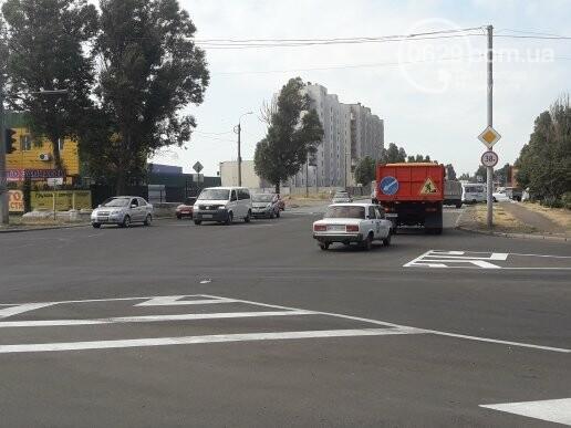 На главном проспекте Мариуполя умер велосипедист, - ФОТО, фото-2