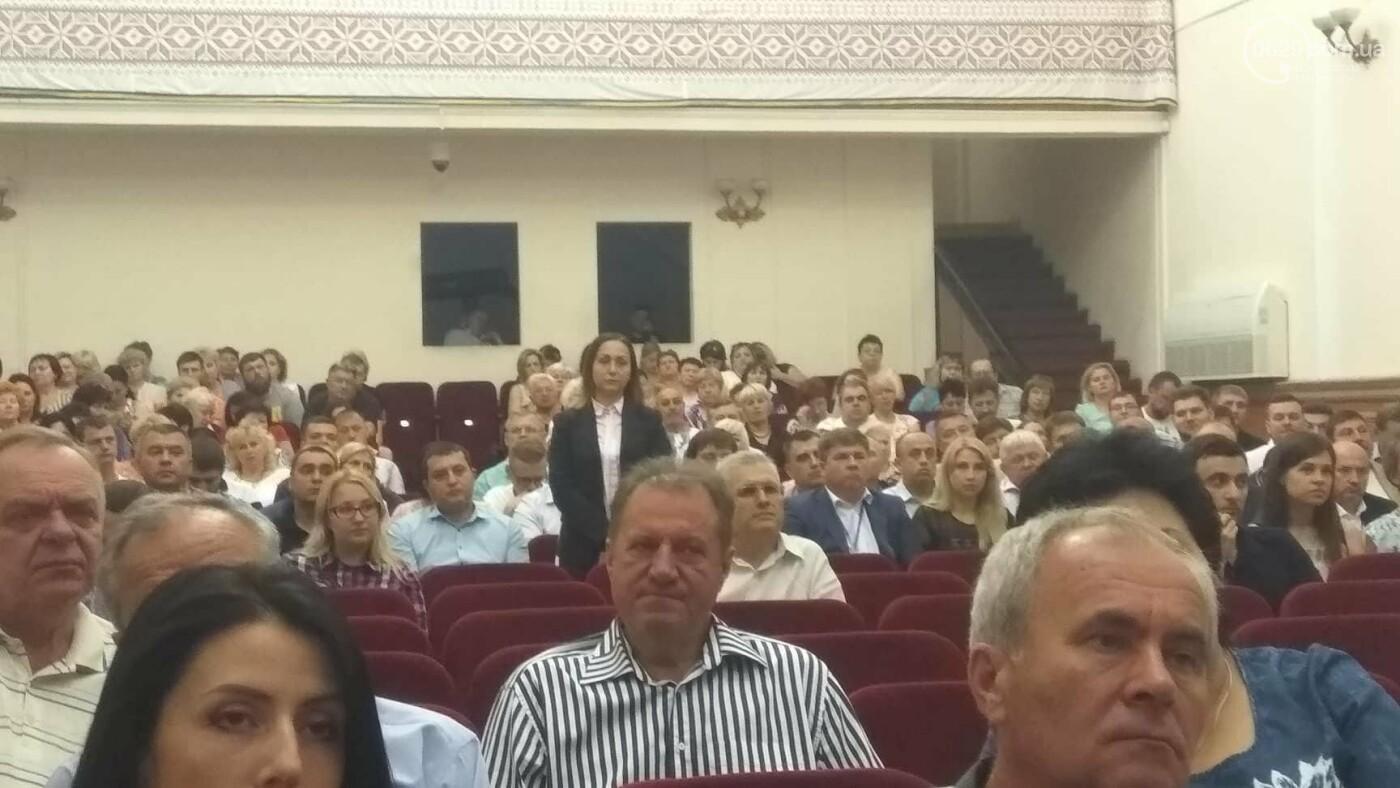 Мэр Мариуполя по числу заместителей переплюнул мэра Киева, - ИНФОГРАФИКА, фото-2