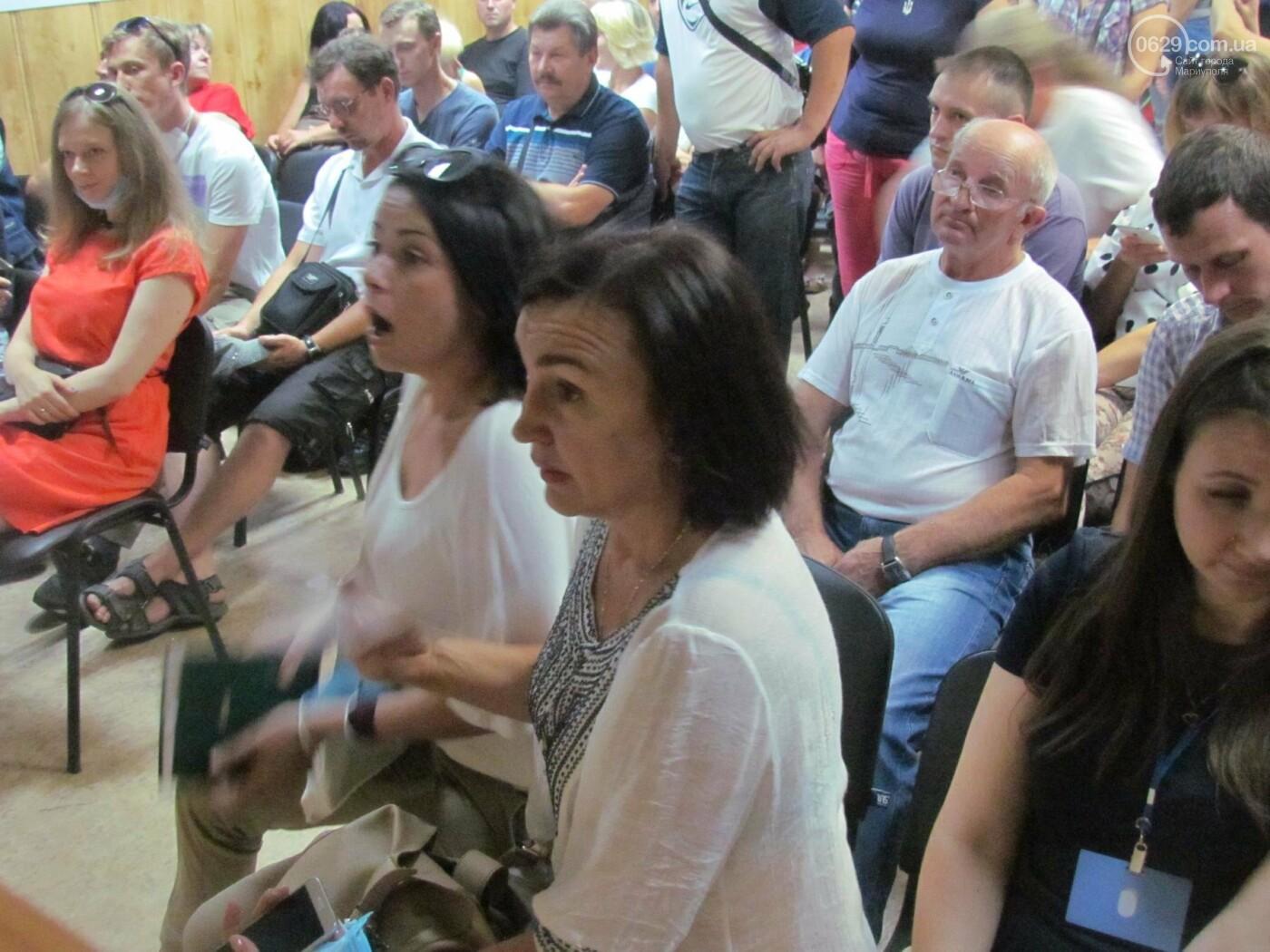 Шепотом и в духоте. Как «Метинвест» проводил общественные слушания для мариупольцев, - ФОТО+ВИДЕО, фото-8