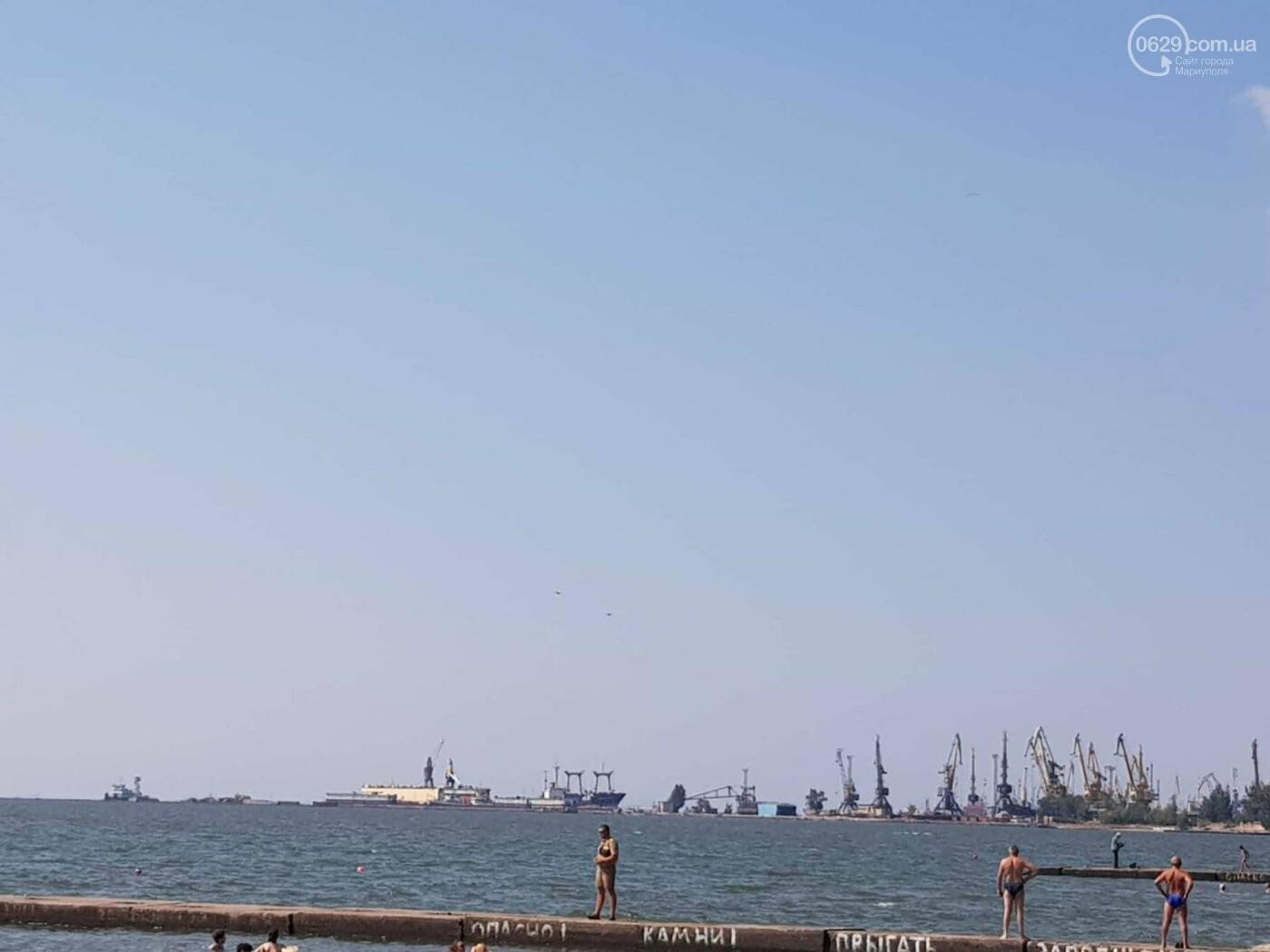 Над Мариуполем пролетели военные самолеты и вертолет, - ФОТО, ВИДЕО, фото-1