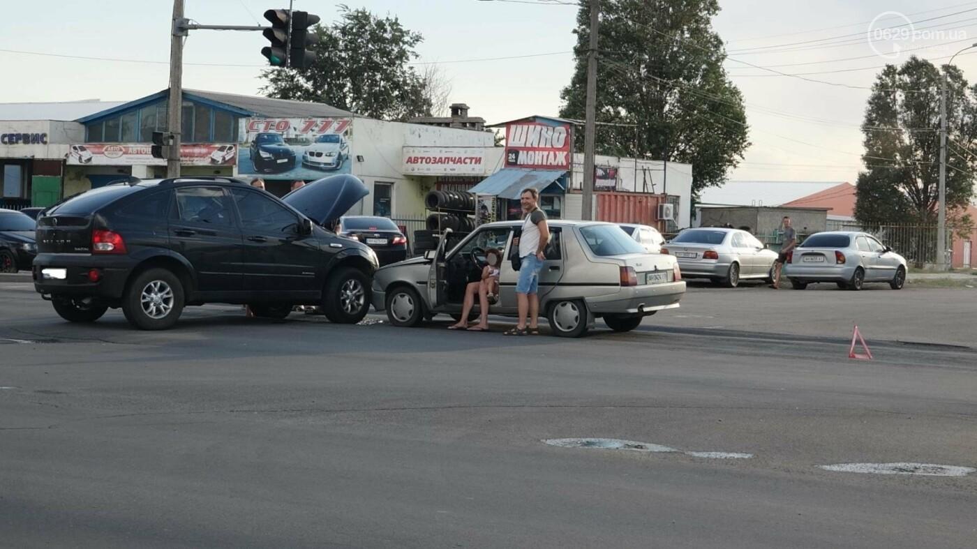 В Мариуполе в аварии пострадала 10-летняя девочка, - ФОТО, фото-11