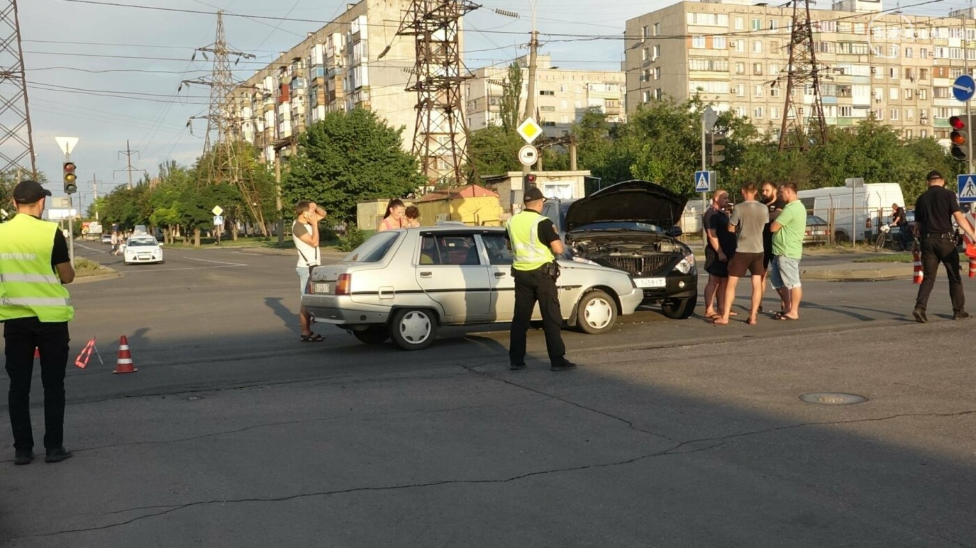В Мариуполе в аварии пострадала 10-летняя девочка, - ФОТО, фото-10
