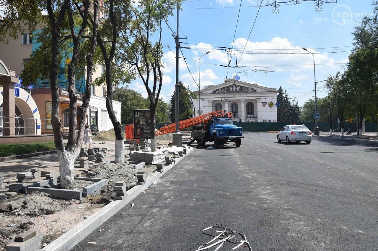 """""""Соскребли, как смогли"""". Как в Мариуполе центр города реконструируют, - ФОТОРЕПОРТАЖ, фото-45"""