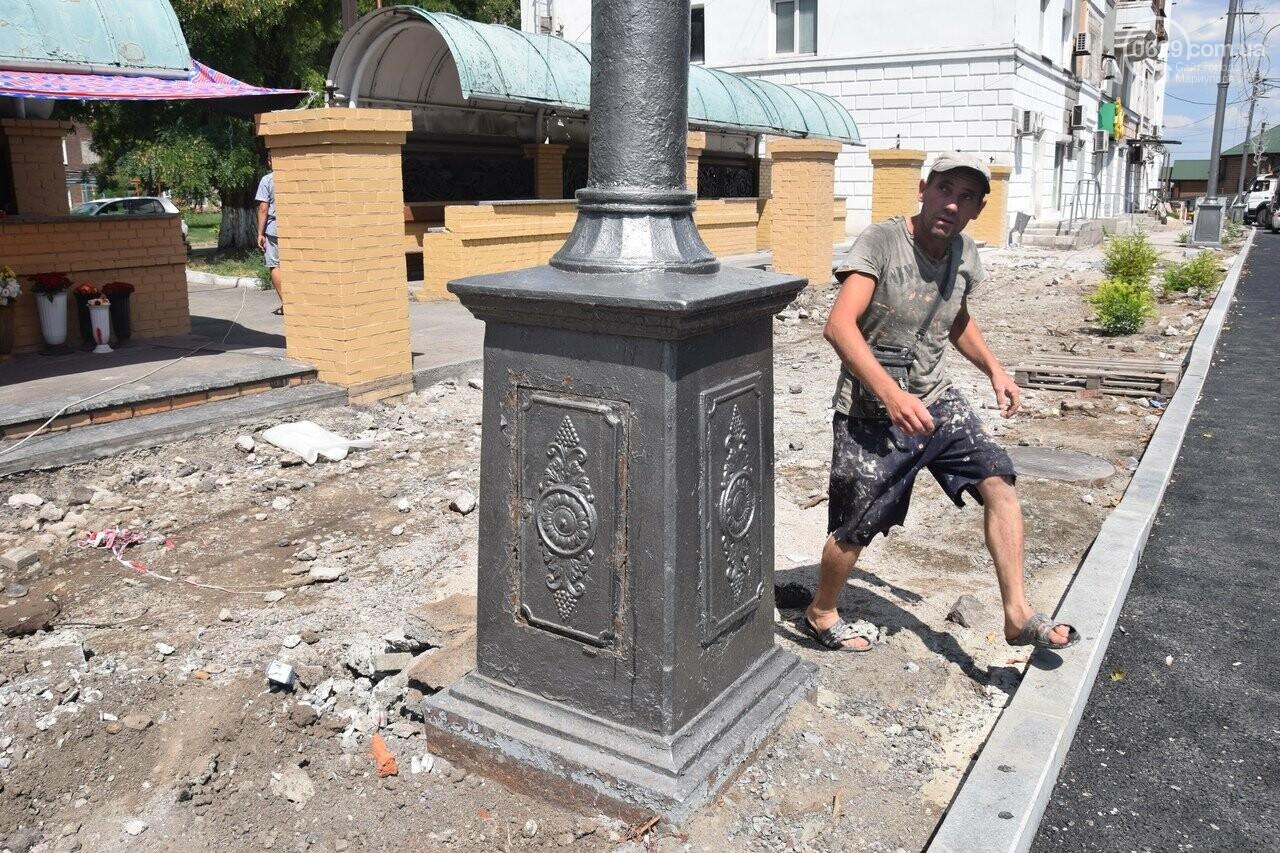 """""""Соскребли, как смогли"""". Как в Мариуполе центр города реконструируют, - ФОТОРЕПОРТАЖ, фото-18"""