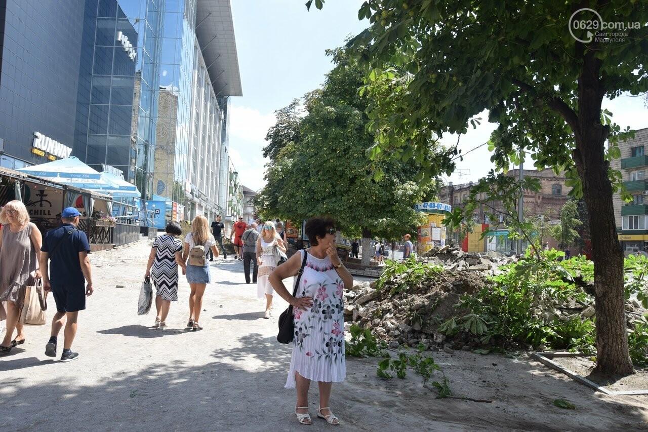 """""""Соскребли, как смогли"""". Как в Мариуполе центр города реконструируют, - ФОТОРЕПОРТАЖ, фото-49"""