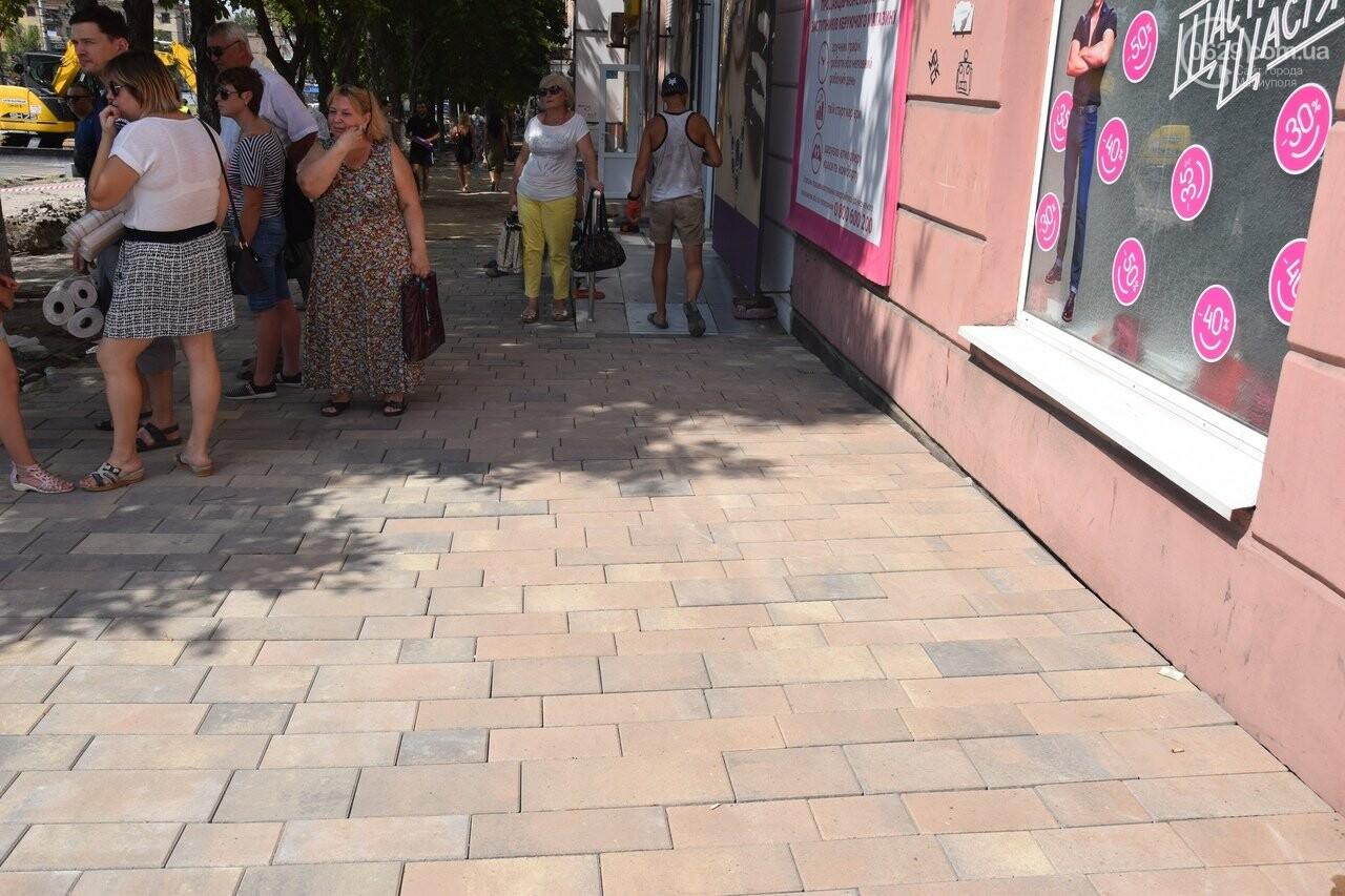 """""""Соскребли, как смогли"""". Как в Мариуполе центр города реконструируют, - ФОТОРЕПОРТАЖ, фото-3"""